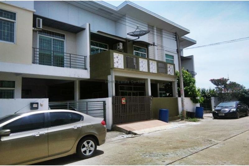ขายทาวน์เฮ้าส์ หมู่บ้านไทยสมบูรณ์ 3 ถนนรังสิต-นครนายก คลอง 3 ธัญบุรี