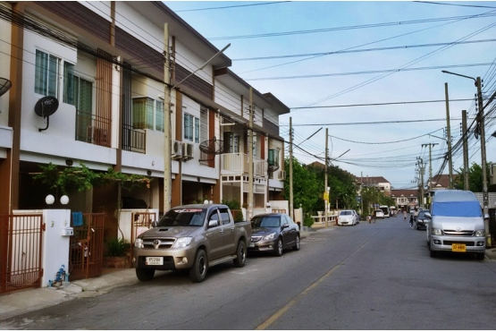 80800, ขายทาวน์เฮ้าส์หมู่บ้านเคซี คลัสเตอร์ รามอินทรา 7 ถนนไทยรามัญ