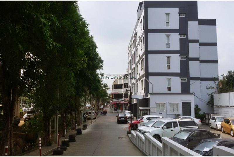 ขายคอนโดมีเนียม พาร์ควิว วิภาวดี 4  56.25 ตรม ตึก A ถนนวิภาวดีรังสิต