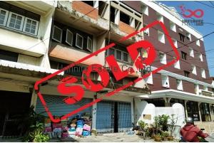 80912, ขายอาคารพาณิชย์ 3.5ชั้น 21 ตารางวา ซอยลาดพร้าว 96