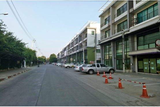81011, ขายอาคารพาณิชย์ 4ชั้น ใกล้รถไฟฟ้าสายสีชมพู สถานีปากเกร็ด ถนนติวานนท์