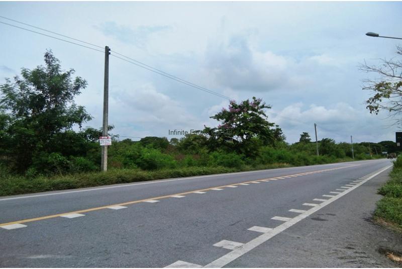 ที่ดิน 4ไร่ 345 ตารางวา ติดถนนลำลูกกา คลอง11
