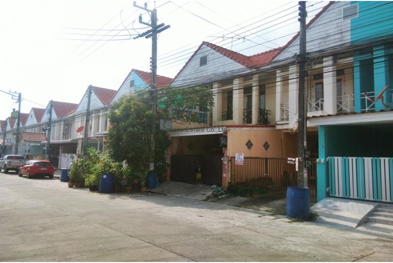 ขายทาวน์โฮม 2ชั้น หมู่บ้านไทยสมบูรณ์ 2 ถนนรังสิต-นครนายก