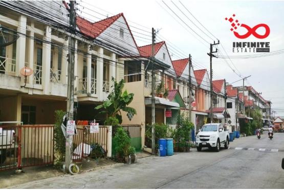 81156, ทาวน์โฮม 2ชั้น หมู่บ้านไทยสมบูรณ์ 2 ถนนรังสิต-นครนายก
