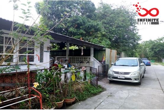 81325, ขายบ้านแฝด หมู่บ้านเสนานิเวศน์2 ถนนประเสริฐมนูกิจ
