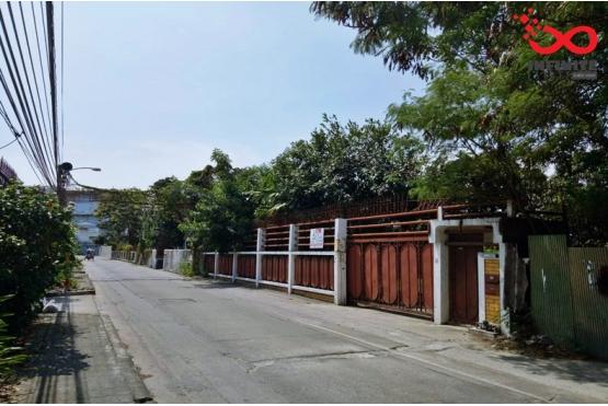 81636, บ้านพร้อมที่ดิน 322ตารางวา ซอยอักษรลักษณ์ 4 ใกล้ BTS ปากน้ำ