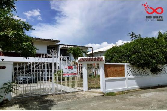 81732, บ้านเดี่ยว 2 ชั้น หมู่บ้านศรีนครพัฒนา ถนนนวมินทร์