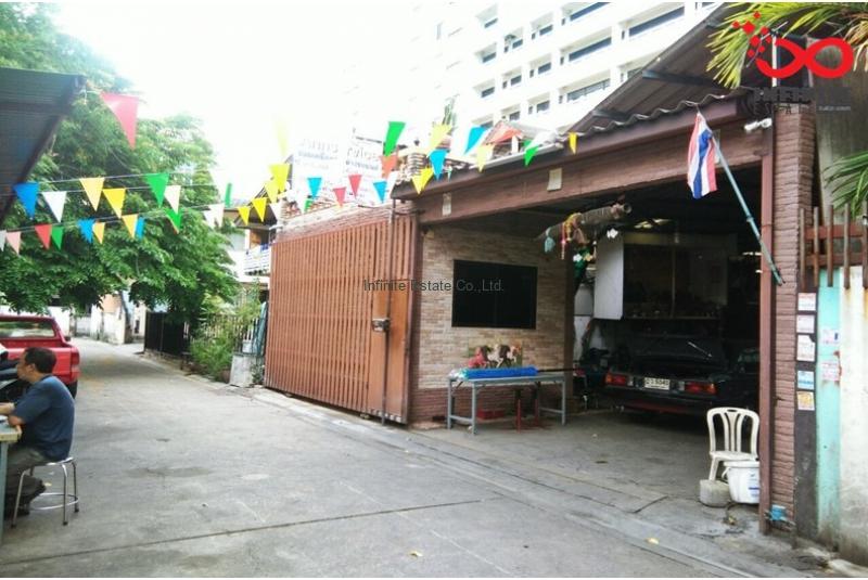 บ้านเดี่ยว 2ช้ัน 65 ตรว ถนนพหลโยธิน ติดบ้านบางเขน