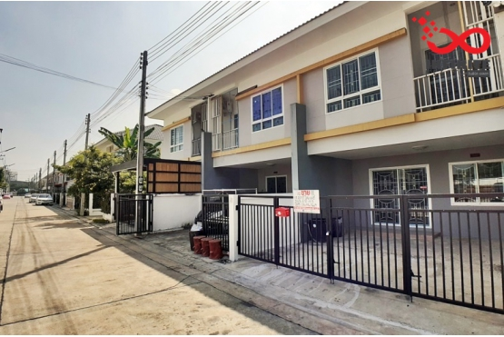 82270, ทาวน์โฮม 2 ชั้น หมู่บ้านพฤกษาพรรณ ถนนมาลัยแมน