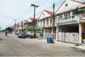 80710,  ทาวน์โฮม 2ชั้น หมู่บ้านไทยสมบูรณ์ 2 ถนนรังสิต-นครนายก
