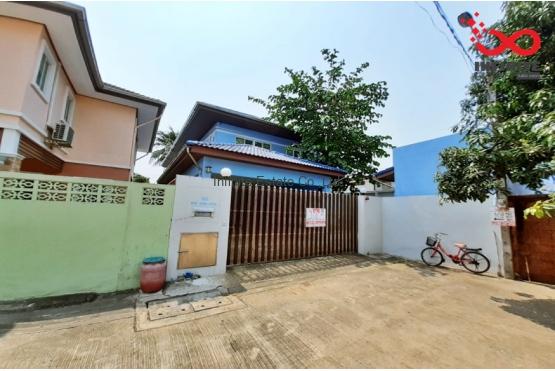 82465, บ้านเดี่ยว 2 ชั้น หมู่บ้านเคหะนคร 3 ถนนพัฒนาการ  ใกล้มอเตอร์เวย์ บางนา-บางปะอิน หลังริม