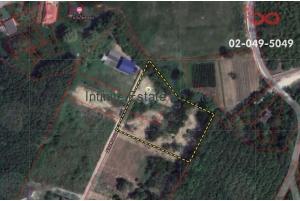 83521, ขายที่ดินเปล่า 3 ไร่  แถมรีสอร์ทเล็กๆ 2 หลัง ใกล้ถนนสายยุทธศาสตร์ สัตหีบ ชลบุรี