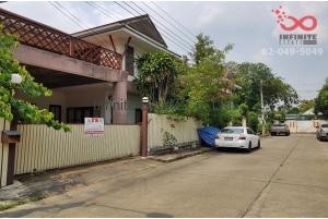 83974, บ้านเดี่ยว 2 ชั้น หมู่บ้าน จันทร์บัวสวย  ซอยสุวินทวงศ์ 5/1