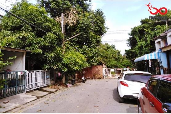 81724, ทาวน์เฮ้าส์ 2 ชั้น หมู่บ้านสิรารมย์ พาร์ครังสิต ถนนไสวประชาราษฎร์